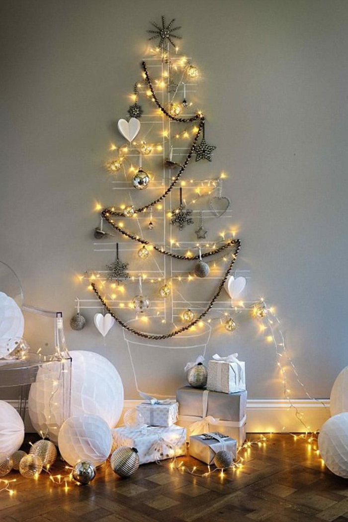 DIY Christmas Tree Ideas For Small Apartment 5