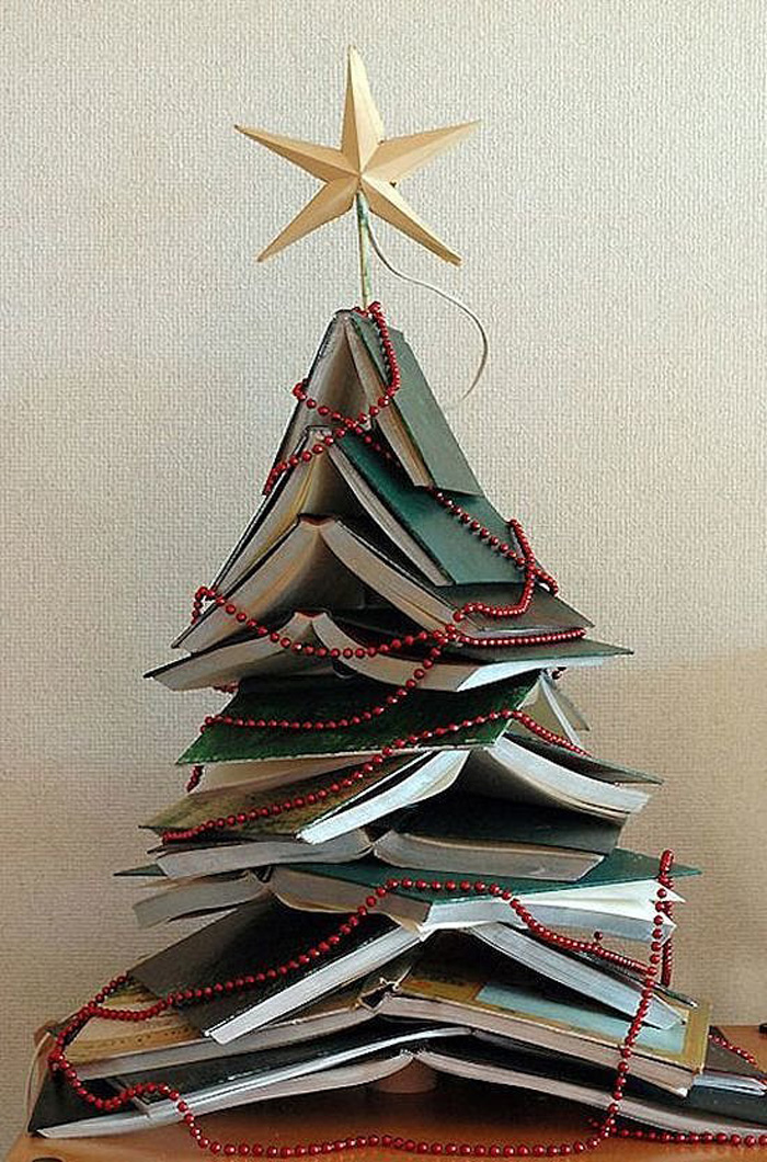 DIY Christmas Tree Ideas For Small Apartment 14