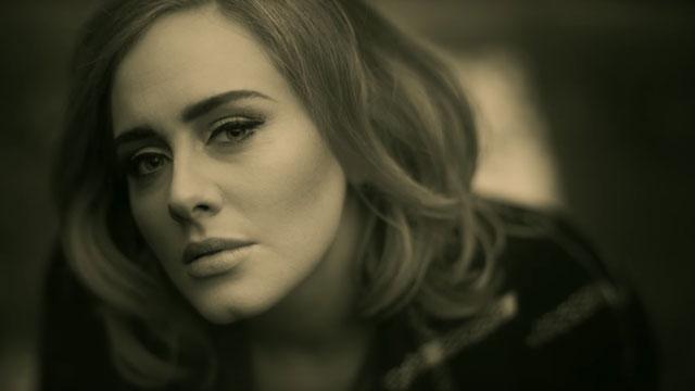 "Adele 再創驚人紀錄!""Hello""短短 87 天突破 10 億點閱率,成功打敗""Gangnam Style"" 1"