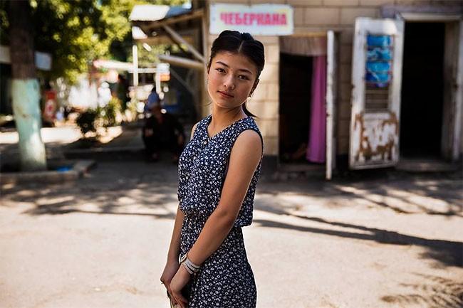 來自不同國家的女性臉龐:攝影師捕捉對於「美」的各種定義! 8