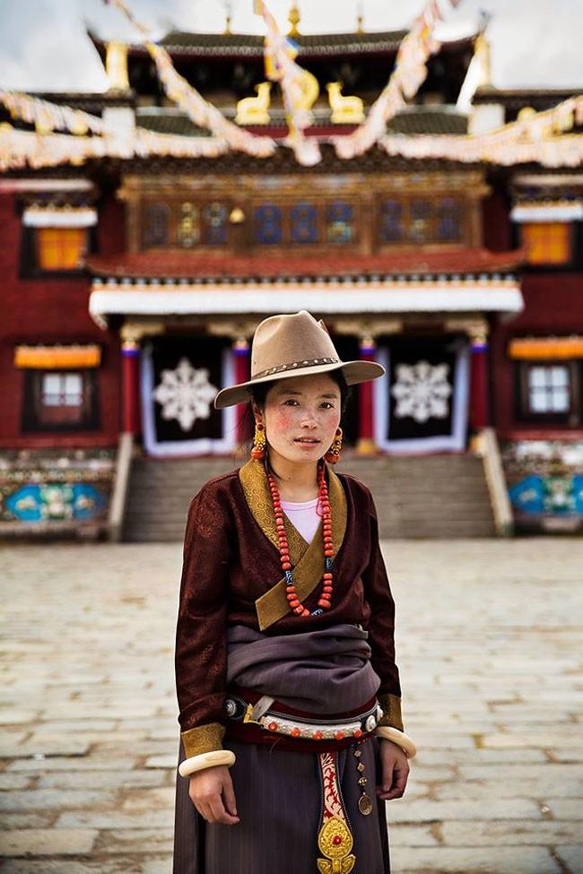 來自不同國家的女性臉龐:攝影師捕捉對於「美」的各種定義! 9