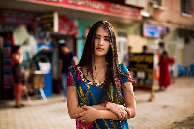 來自不同國家的女性臉龐:攝影師捕捉對於「美」的各種定義! 15