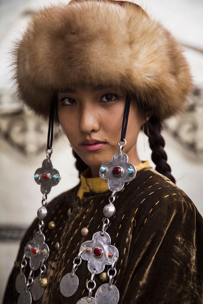 來自不同國家的女性臉龐:攝影師捕捉對於「美」的各種定義! 21