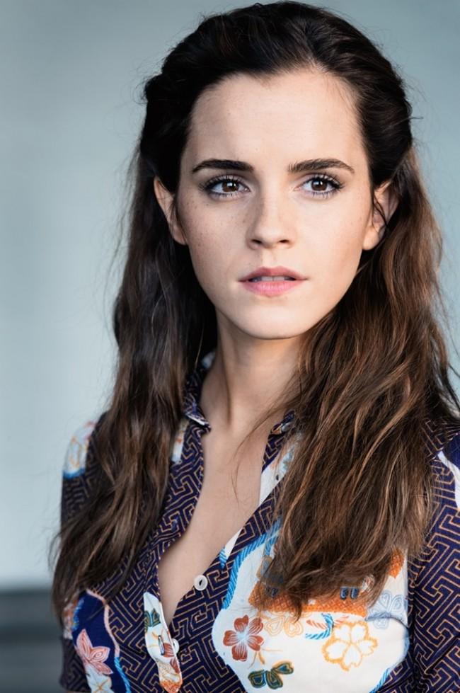 First Look:真實故事改編!Emma Watson 飾演政變下的無辜百姓《COLONIA》全新預告 2