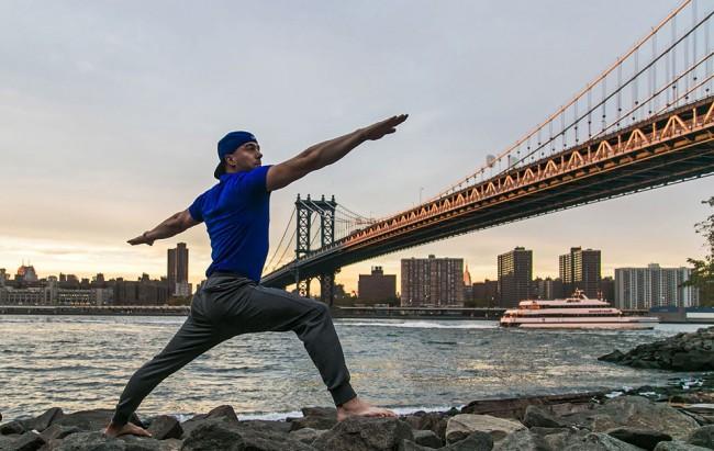 完美的靜止瞬間:攝影師在地標景點前捕捉各種「瑜珈姿勢」! 7