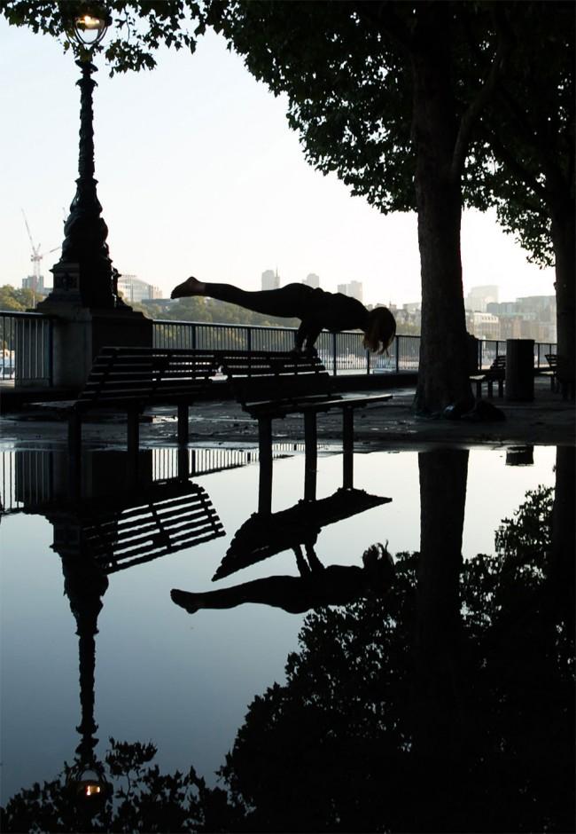 完美的靜止瞬間:攝影師在地標景點前捕捉各種「瑜珈姿勢」! 13