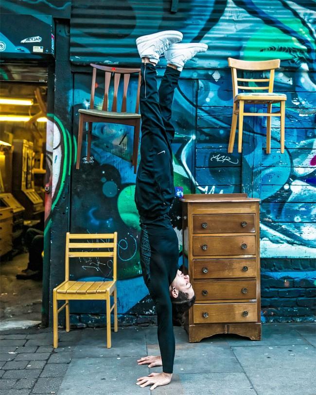 完美的靜止瞬間:攝影師在地標景點前捕捉各種「瑜珈姿勢」! 15