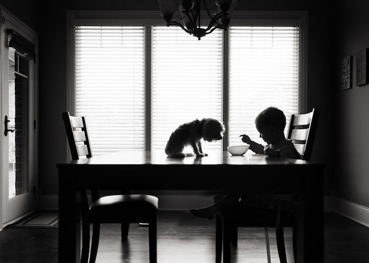 將彩色的童年以黑白畫面呈現,B&W Child 攝影大獎得主宣揚童年能量 3