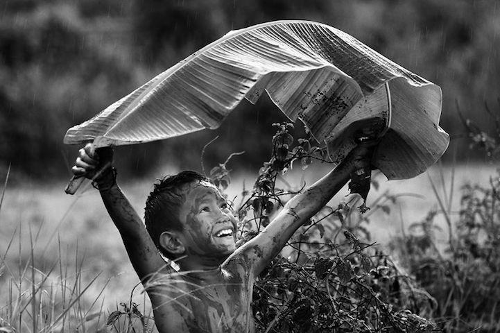 將彩色的童年以黑白畫面呈現,B&W Child 攝影大獎得主宣揚童年能量 4