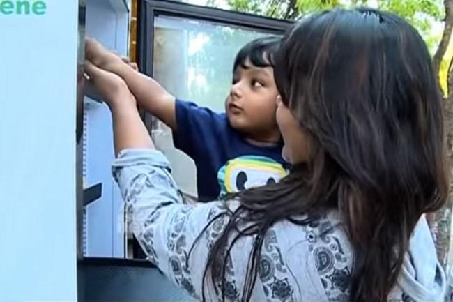 不再忍受飢餓之苦:印度餐廳提供遊民 24 小時「愛心冰箱」! 1