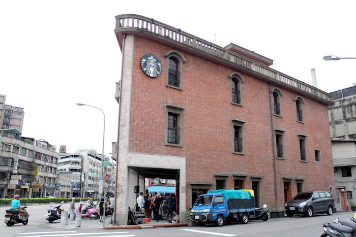 走進古宅的Starbucks「艋舺門市」,感受屬於老台灣的迷人風情 - [ 男子的日常生活 專欄 ] 28