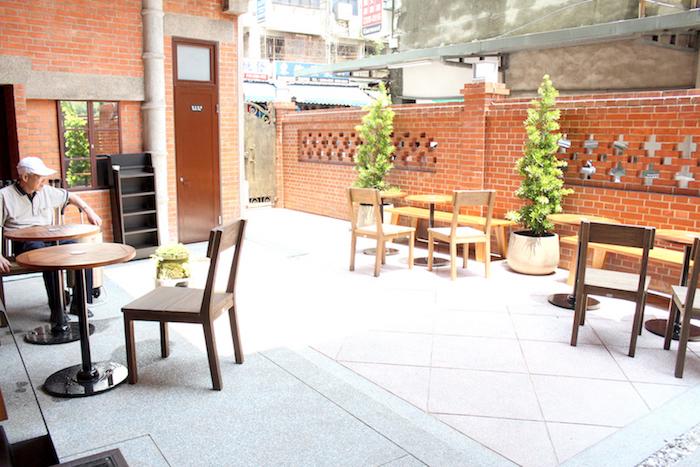 走進古宅的Starbucks「艋舺門市」,感受屬於老台灣的迷人風情 - [ 男子的日常生活 專欄 ] 32