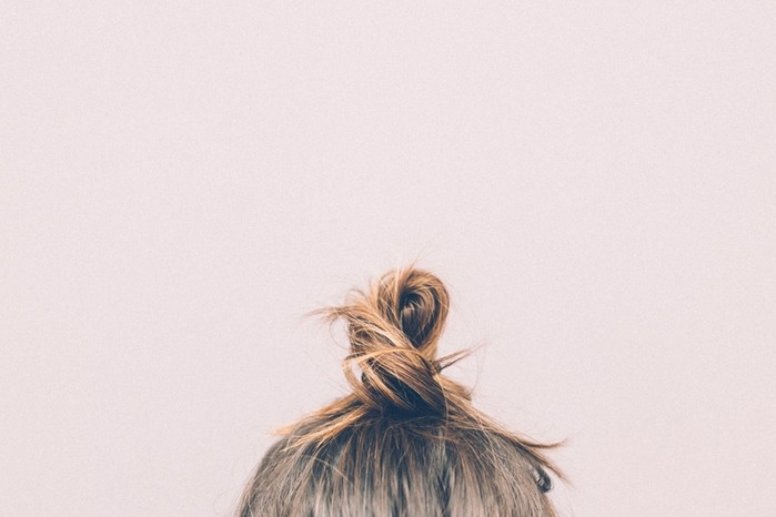 11 Things You Shouldn't Do At Night If You Want Healthier Hair 1