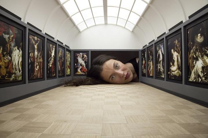 Miniature Galleries:把頭塞進微型美術館裡換種方式看展覽 5