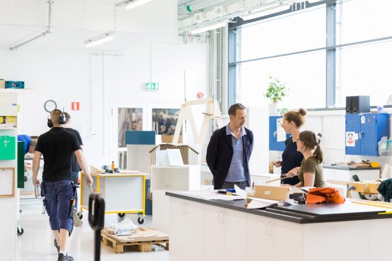 Bye-bye 藍色購物袋:IKEA 和丹麥家具品牌 HAY 合作打造新一代 Frakta bag 7