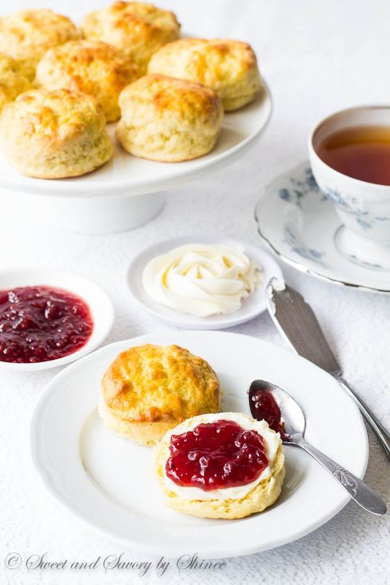女生該學會的「午茶哲學」:13個 Do 和 Don't 讓你像皇室般優雅品茶