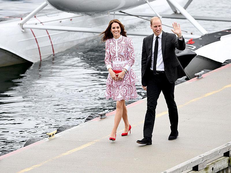 一個貼心的紳士舉動:讓我們再次見證Kate 和William 之間最幸福的濃情畫面!