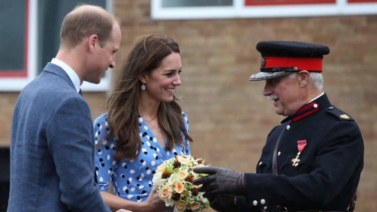 HARLOW, ENGLAND - SEPTEMBER 16: Catherine, Duchess of Cambridge and Prince William, Duke of Cambridge speak with Vice Lord Lieutenant of Essex Jonathan Douglas-Hughes after arriving at Steward's Academy on September 16, 2016 in Harlow, England. The Duke and Duchess of Cambridge are visiting Steward's Academy as part of their Heads Together campaign, to find out more about the pressures faced by young people when they are going through big changes in their lives, and learn about the support from peers and parents that can help them get through these changes. (Photo by Ian Vogler - WPA Pool/Getty Images)